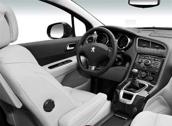Interior del Peugeot 5008